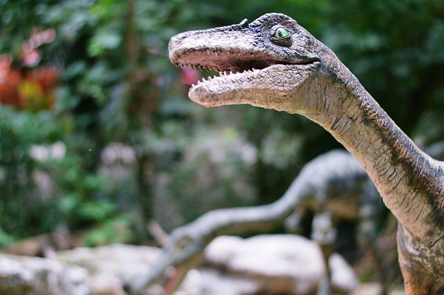umělý dinosaurus.jpg