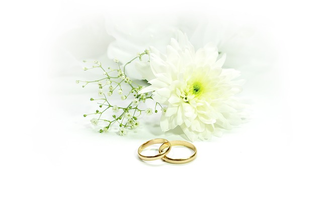 prsteny u kytky.jpg