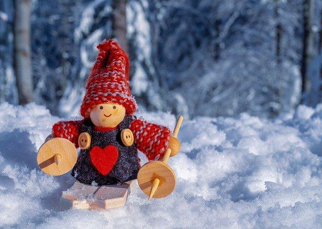 panenka ve sněhu
