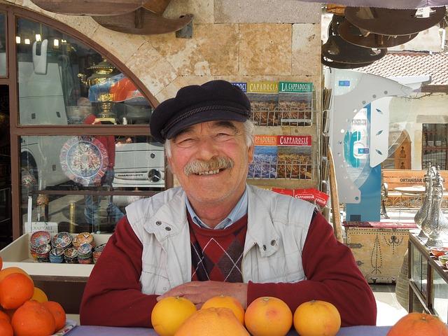 turek prodávající pomeranče